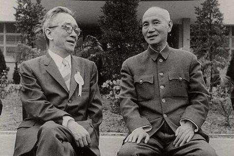 胡适拿了蒋介石多少钱?揭秘胡适与蒋介石的亲密关系