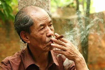 路遥,陈忠实,贾平凹三位作家的作品 对陕西的人民心中的地位有多大