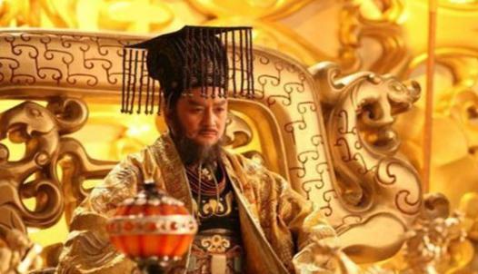 萧道成一介平民,他是怎么坐上皇帝这个位置的?