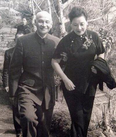 蒋介石与宋美龄-kk历史网