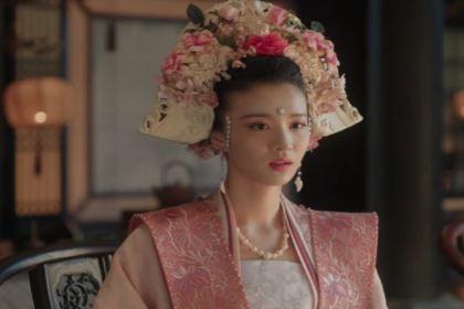 张贵妃家世背景不如曹皇后,为何那么受宠?