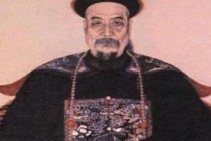 清朝时期的官员是什么待遇?有多好