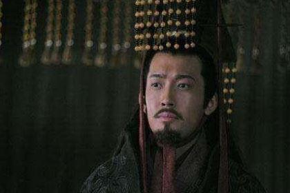 孙权接管东吴的时候年纪轻轻 当时的东吴又是什么样的
