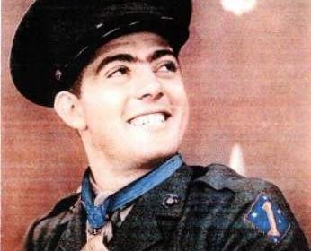 美国海军陆战队军人 传奇战斗英雄约翰·巴斯隆简介