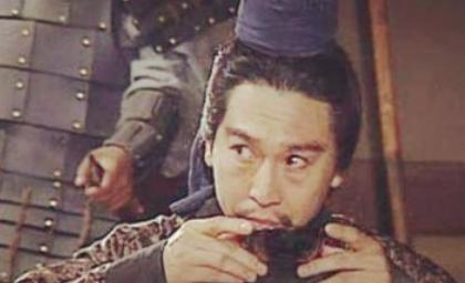 李儒作为西凉集团的军师,为何没能彻底发挥自己的作用?