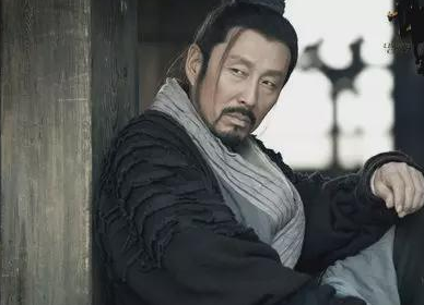 出身低微的刘邦,是怎么当上泗水亭长的?