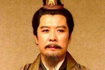 曹操占尽优势,为何孙刘却不愿意归顺呢?